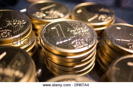 Golden cioccolato delle monete in euro Immagini Stock