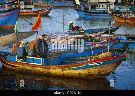 Il Vietnam, Nha Trang, Fishing Boat Harbour Immagini Stock