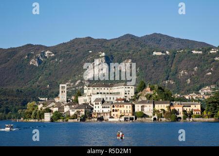 L'Italia, Piemonte, Lago d'Orta, l'Isola di San Giulio Immagini Stock