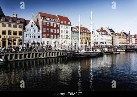 Architettura storica, Nyhavn, Copenhagen, Danimarca Immagini Stock