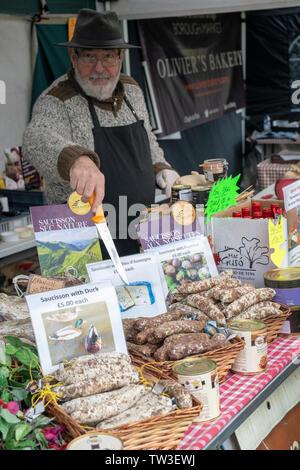 Salsiccia stallo a Stonor Park food festival. Stonor, Henley-on-Thames, Oxfordshire, Inghilterra Immagini Stock