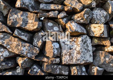 Muro di pietra a secco. Immagini Stock