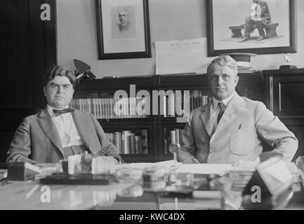 Minatori uniti il Presidente John L. Lewis con il segretario del Lavoro James Davis, 26 giugno 1922. Nel mese di Immagini Stock