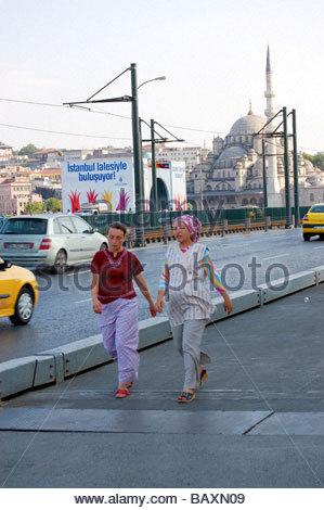 Una strada di Istanbul in Turchia Immagini Stock