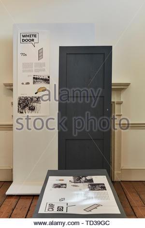 Installazione di Adam Mickiewiz Istituto per la Polonia. London Design Biennale 2018, Londra, Regno Unito. Architetto: Vari , 2019. Immagini Stock