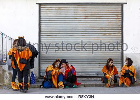 Spagna Aragona, Huesca, Sobrarbe, Bielsa, scena di vita durante le feste di carnevale Immagini Stock