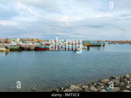 Barche da pesca in porto, Mar Rosso Stato, Suakin, Sudan Immagini Stock