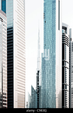 Impressioni di Sheikh Zayed Road, Al Satwa, Dubai, Emirati Arabi Uniti, Medio Oriente Immagini Stock