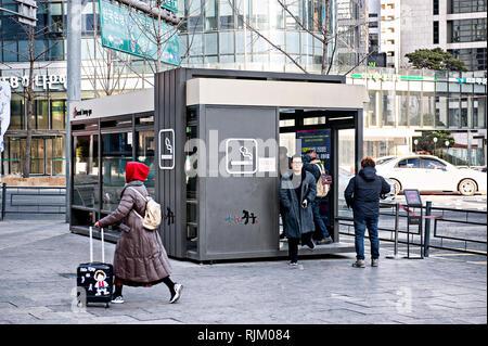 Seoul, Corea del Sud. Street zona fumatori Immagini Stock