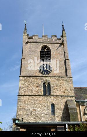 Hucknall Chiesa torre dell'orologio. Immagini Stock