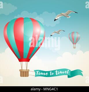 Sfondo di viaggio con pallone aerostatico e uccelli che vola nel cielo Immagini Stock