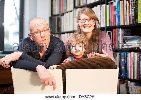 Ritratto di un nonno, la madre e il bambino Immagini Stock