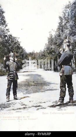 Grenadier-Regiment Kaiser Wilhelm, König von Preußen (2. Königlich Sächsisches) Nr. 101, 1903, Dresda, beim Enfernungsmessen, 2. Granatiere, Reggimento Nr. 101, Germania Immagini Stock