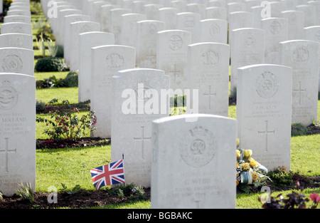 Fotografia delle tombe di guerra prima guerra mondiale ricordo pietre morti Immagini Stock