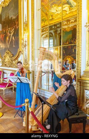 Francia, Parigi, Hotel de la Vrilliere Toulouse, quartier generale della Banque de France, la Galerie Doree Immagini Stock