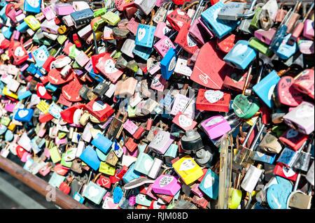 Amore si blocca a Torre di Seoul, Seoul, Corea del Sud Immagini Stock