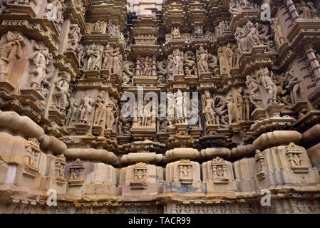 La scultura Jagdamba tempio, Khajuraho, Madhya Pradesh, India, Asia Immagini Stock