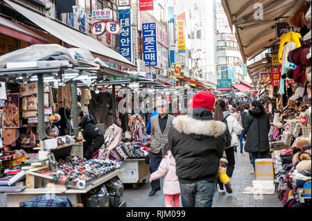 Seoul, Corea del Sud. Il mercato Namdaemun. Immagini Stock