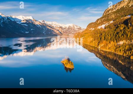 Il lago di Brienz, Interlaken-Oberhasli, Berner Oberland, cantone di Berna, Svizzera Immagini Stock