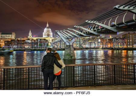 Vista della città di Londra dal Southbank Immagini Stock