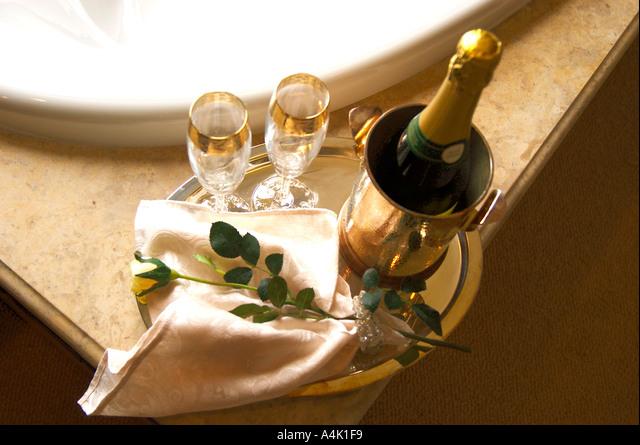 Vasca Da Bagno Champagne Foto Stock Alamy